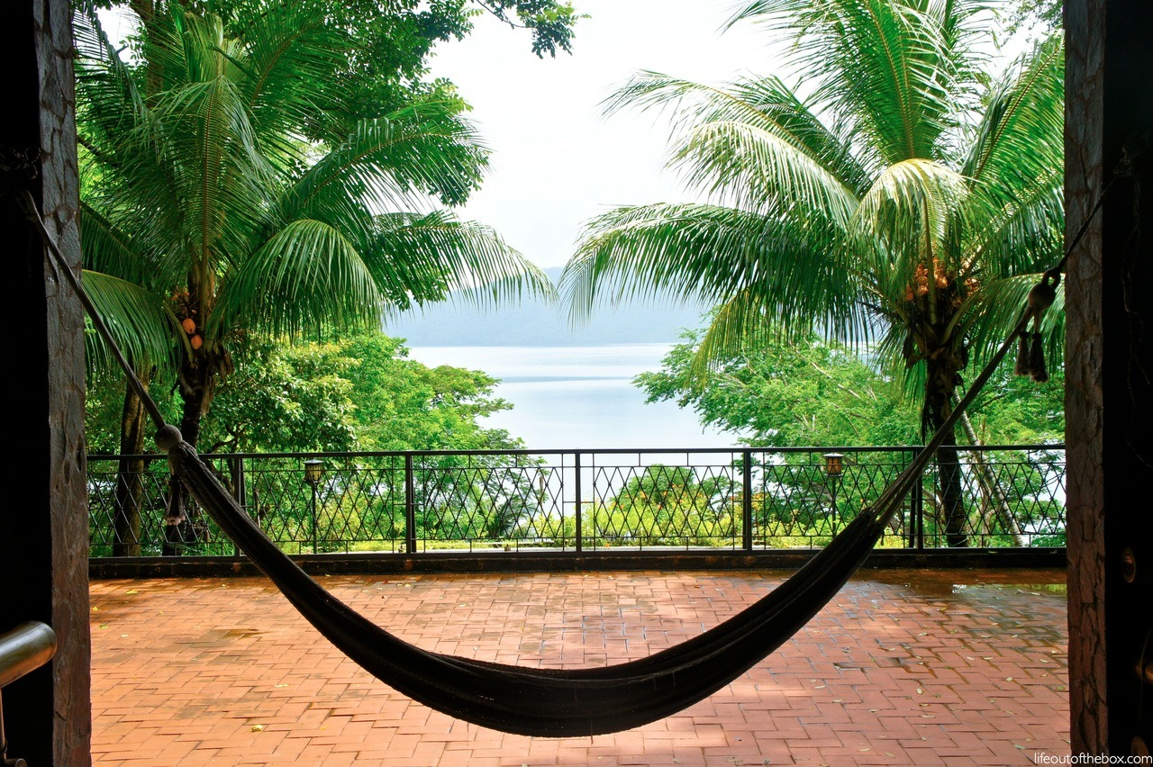 hammock in the tropics… my new bed. nothing better.