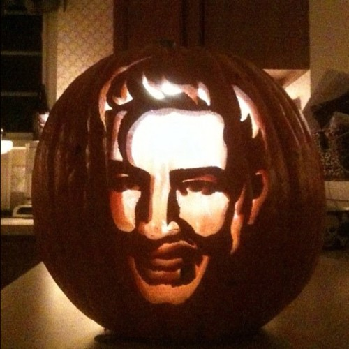 #ElvisHalloween #Elvisfan Another great entry for our Facebook Pumpkin Carving Contest! Go to Facebook.com/Elvis for more info!