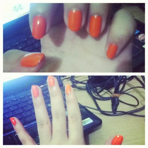 My new fresh #orange #nailart #nail #art #collection #colour #colourful #instagram #instamood #instaphoto #pictoftheday #iphonesia #ig #igers #like #like4like #moodbooster