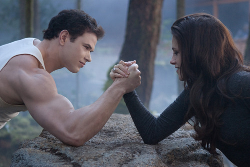 Kristen Stewart gets tough in new Breaking Dawn clip: watch now The Twilight Saga - Breaking Dawn - Part 2 has released a new clip online, in which Bella sets about demonstrating that she's every bit as badass as her toothy chums…