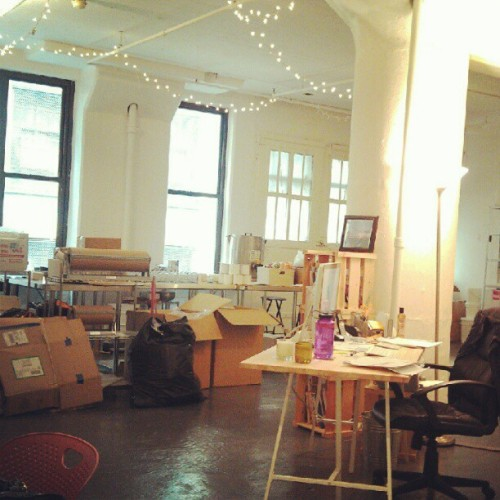 New warehouse #GrandSt #Brooklyn #work #handmade #nyc @lovenaturenyc  (at Love Nature NYC)