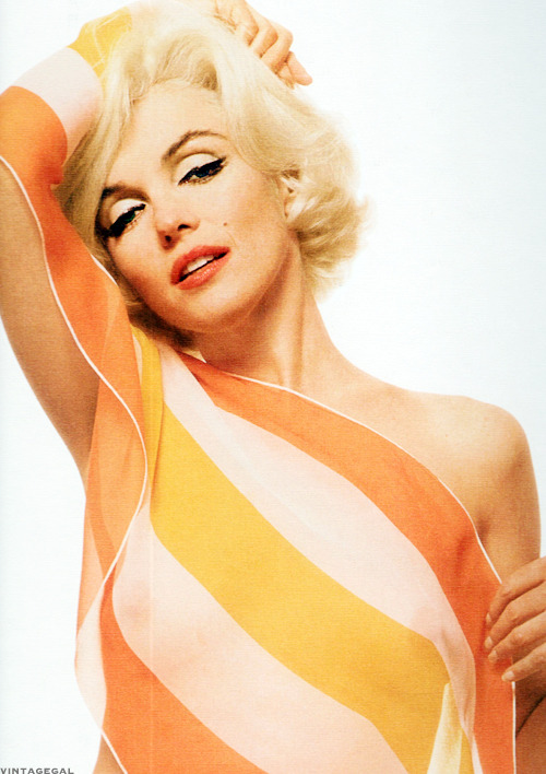 vintagegal:  Marilyn Monroe photographed by Bert Stern, 1962