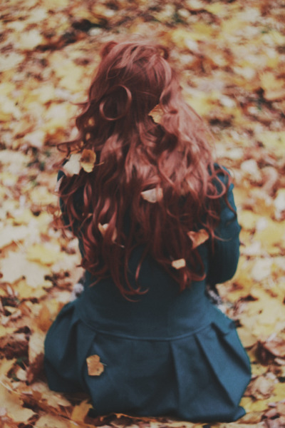 "You feel that? Fall is in the ""hair"" jazzandgiggles:  (by Annija Muižule)"