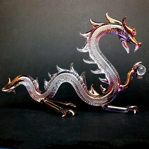 lalulutres:  Dragon Serpent Figurine Hand Blown Glass by ProchaskaGallery  This is really beautiful