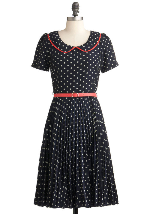 peter pan collar polka-dot dress