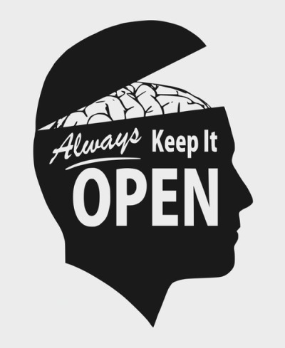city-of-vultures:  always keep it open  Siga el consejo.