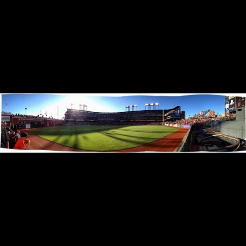 lyrical-illusions:  It's so beautiful 😘 #sfgiants   #baseball #mlb