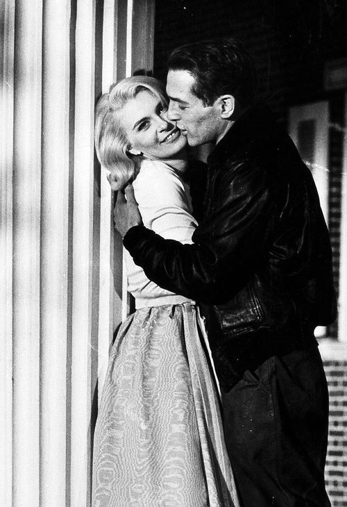 Paul Newman and Joanne Woodward on From the Terrace.