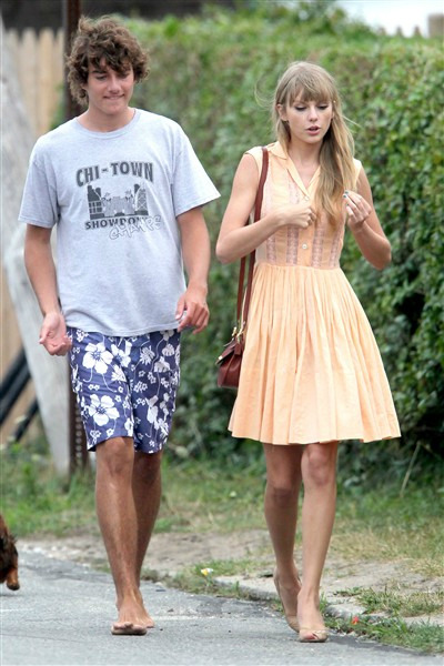 TAYLOR SWIFT, CONOR KENNEDY SPLIT, SOURCE SAYS Let the songwriting begin. After an intense couple months of dating, Taylor Swift and Conor Kennedy have broken up, a close friend of the country singer tells Us Weekly.
