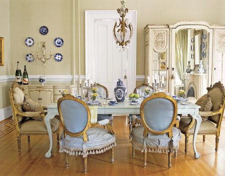 I love this dining room!
