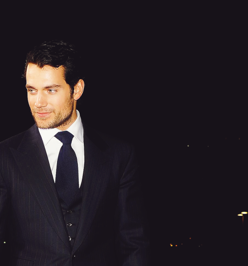 butnotquite:  7/50 Photos of Henry Cavill