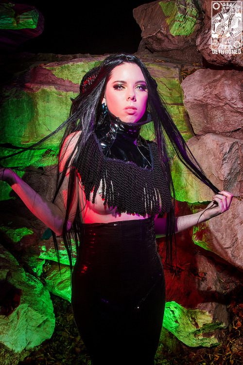 Evil Queen. Photo by: Dethroned Media Ram Horns by: Torture Couture  Outfit by: Modifiedminds Model/Mua: Karis Ayers.