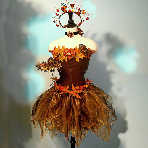 "woodsmokeandpumpkins:  ""The Songbird Faerie"" costume by Fairy Nana Land."