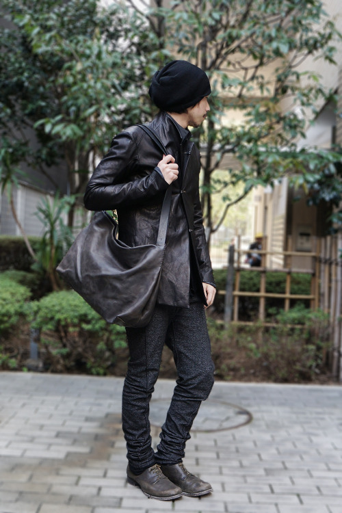 fascinate2007:  3 Hook Cow Leather Jacket _ Devoa Stretch Jersey Pants _ individual sentiments Leather Lace-up Shoes _ Devoa Leather Bag _ Devoa Model 168cm  55kg Size 1[Devoa] and Size 0 [IS]