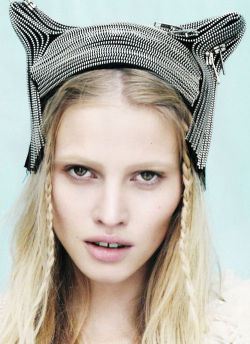 LOVE Magazine. Lara Stone. Beautiful.