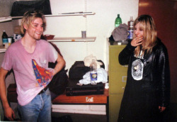 youremyvitamins:  Kurt Cobain & Suzi Gardner of L7, Edinburgh, October 26, 1990