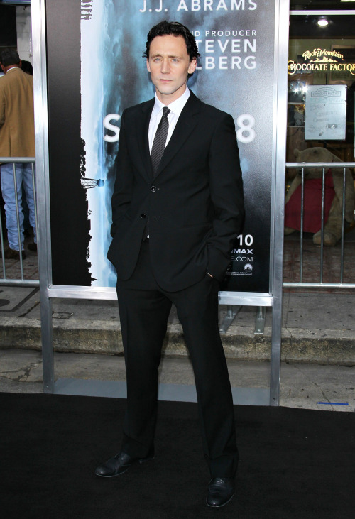 Tom Hiddleston attends the Super 8 Los Angeles Première at Regency Village Theatre on June 8, 2011
