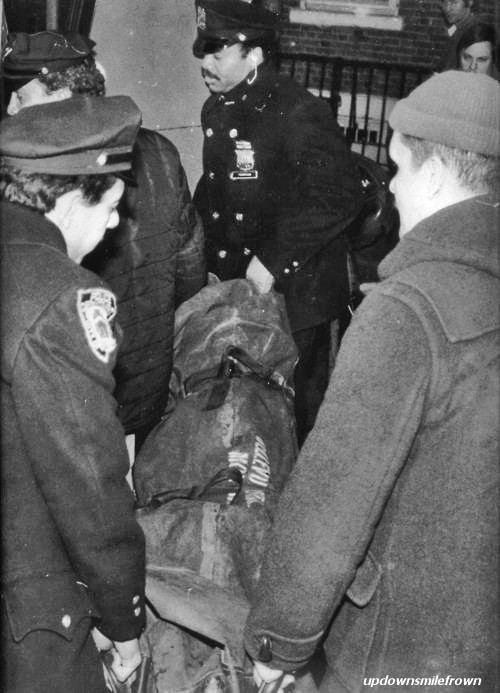updownsmilefrown:  Sid Vicious' dead body