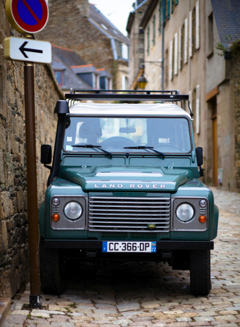 thiscouldbeaparty:  Defender, Lannion.