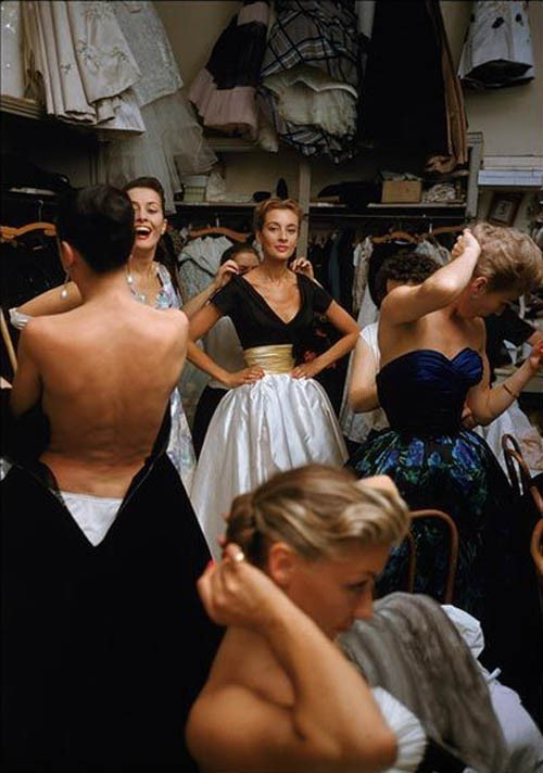 theyroaredvintage:  Backstage at Pierre Balmain, 1954.