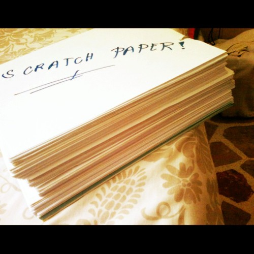 Ready na ko magbalik aral ulit,sangkaterbang scratch papers..whooow.. (Photo taken and uploaded via MOLOME )