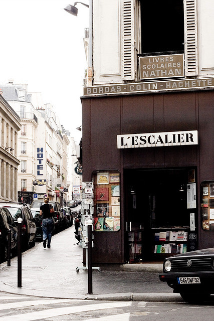 | ♕ |  Libraire L'Escalier - 6e, Paris  | by © mezzoblue | via ysvoice