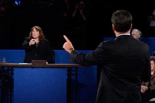 candy crowley pointing at mitt romney.