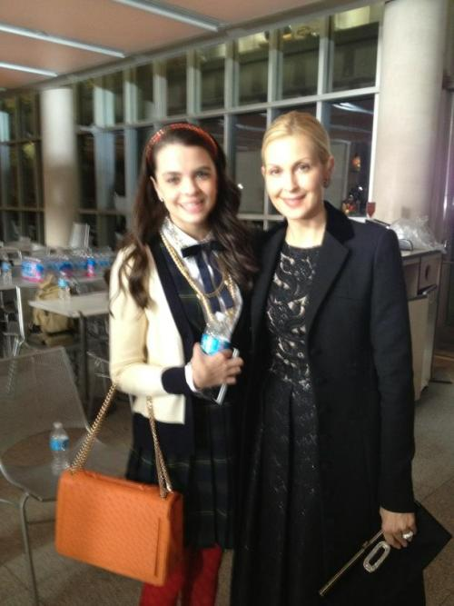 MindyPettit: Ellie Pettit (mini Blair-Thea) and the gorgeous Kelly Rutherford on the Gossip Girl set!