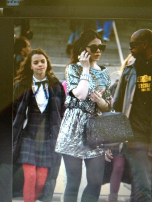 MindyPettit: Ellie on Gossip Girl set.