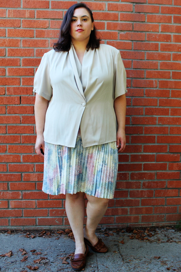 New in Store —-> Plus Size Vintage NEVER WORN Grey Drape Front Blouse (Size 20W) - $20