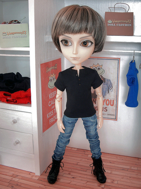 Taeyang doll in black henley t shirt and worn washed blue denim jeans pants on Flickr.Doll clothes and photo made by Hegemony77