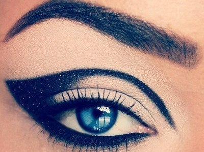 madimoshpit:  i wish my eyebrows were this perfecto.