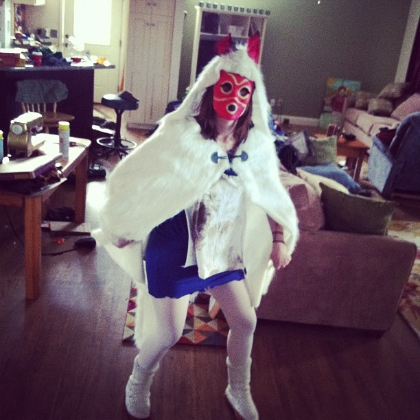 I love Halloween!!!!!! Me starting as princess mononoke. (((: