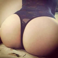 letsgetnaaaaaaaked:  Follow Thong Love
