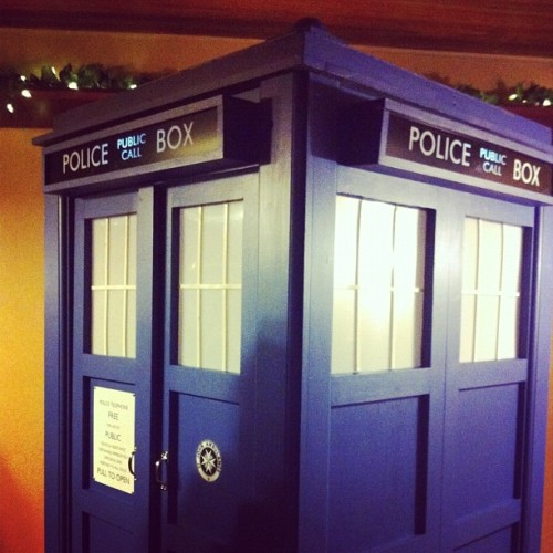 TARDIS anyone?  #doctorwhowedding