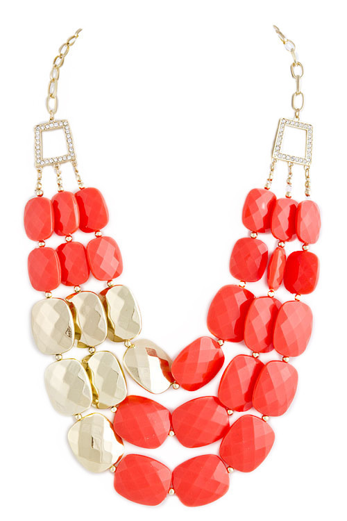 Coral Glam Necklace (www.Modeets.com)