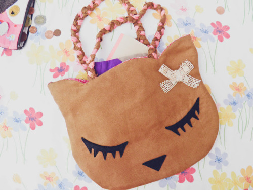 My kitty bag!! I sewed this bag few months ago, and I still LOVE it! <3