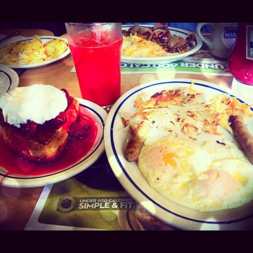 #breakfast at #ihop. 🍓