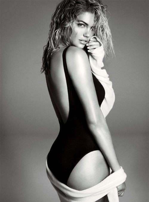 stefanieneves:  Kate Upton photographed by Steven Meisel for Vogue, November 2012