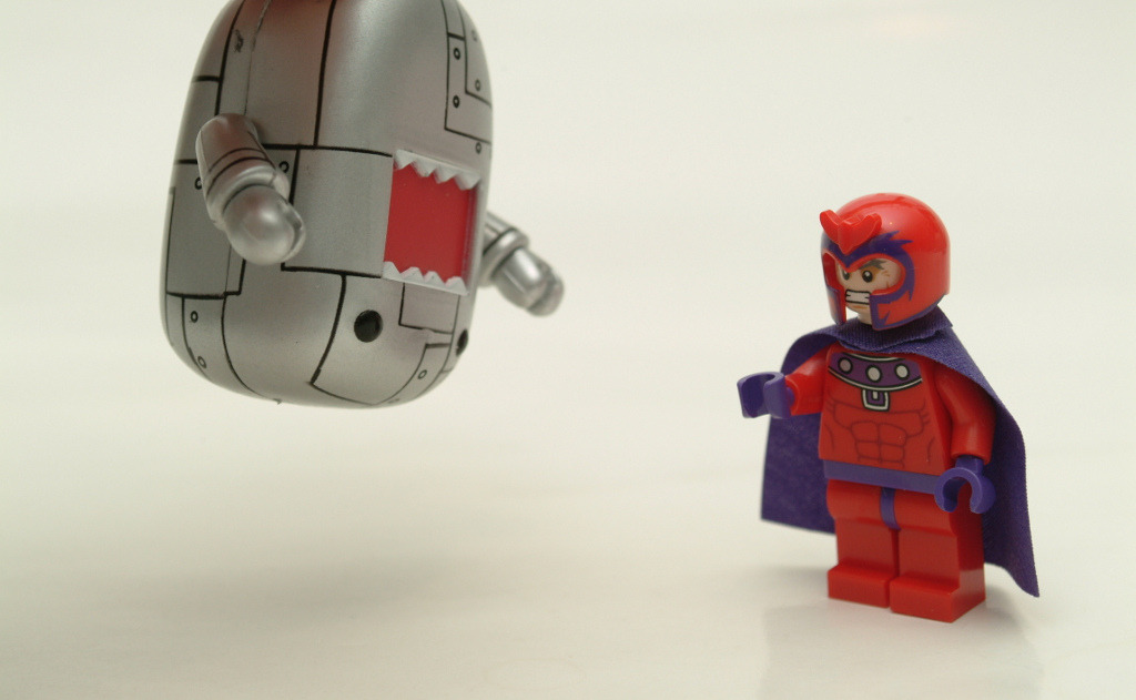 DOMO vs MAGNETO ! (by kingkong21)