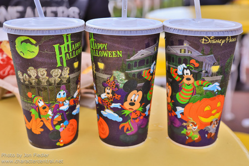 disneyforeverlives:  WDW Sept 2012 - Halloween Cups by PeterPanFan on Flickr.