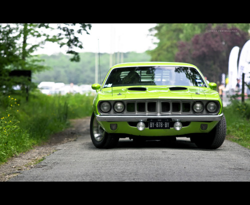 automotivated:  Plymouth Barracuda (by Gskill photographie)