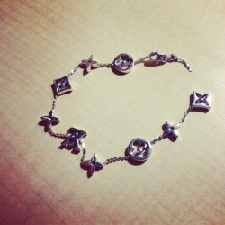 Broken #bracelet#Louis Vuitton