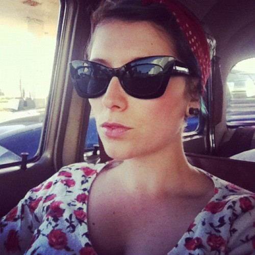 cassettie:  #rocknroll #rockabilly #sunglasses #fashion #girl #bandana #roses