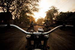 mattcuddihy:  Moto Surf Travel