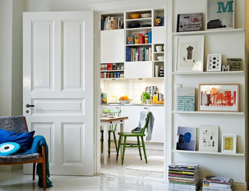 myidealhome:  frames on open shelves (via Pinterest)