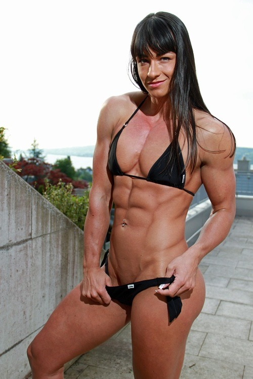 ghigotrieste:  Cindy Landolt  I simply want her to crush me!