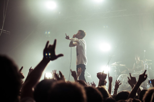 surviving-with-anchors:  hartleyphoto:  The Amity Affliction. The Palace, Melbourne. October, 2012.  Reblog this every single time I see it, one of the best concerts..