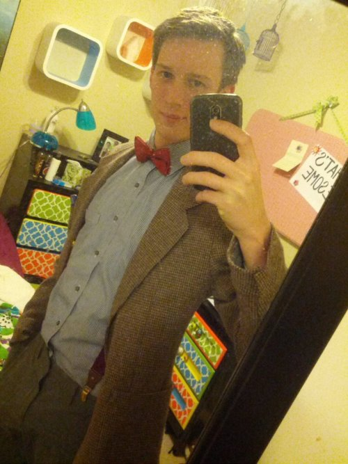 Crappy cell-phone picture of my costume this year.http://scificity.tumblr.com