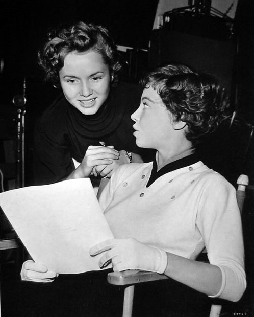 50dollars4thepowderroom:  Debbie Reynolds pays Leslie Caron a visit on the set of An American In Paris.